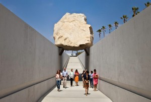 levitated_mass_01